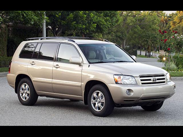 le at toyota winnipeg vehicle crown new details highlander id mb